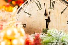 Vieille horloge en bois Image stock