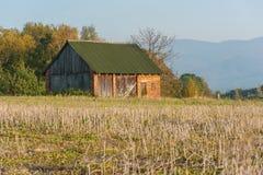 Vieille hutte dans un village Image libre de droits