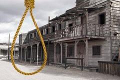 Vieille justice occidentale sauvage de ville de cowboy images libres de droits