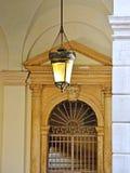 Vieille lampe dans le château Image stock