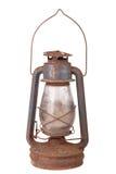 Vieille lampe de kérosène sale d'isolement sur le fond blanc images libres de droits