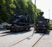 Vieille locomotive à vapeur sur des voies de tramway Photographie stock
