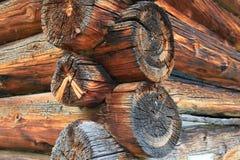 Vieille loge en bois suisse Photos stock