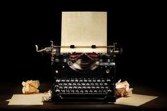 Vieille machine à écrire de cru Image stock