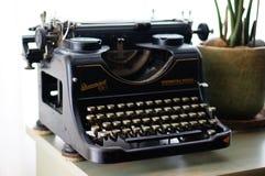 Vieille machine à écrire de Rheinmetall Photos libres de droits