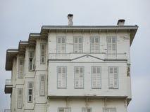 Vieille maison à Istanbul, Turquie photos libres de droits