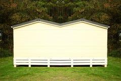 Vieille maison dans le jardin Image libre de droits