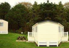 Vieille maison dans le jardin Photos libres de droits
