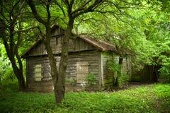 Vieille maison dans le village de l'Europe Photo libre de droits