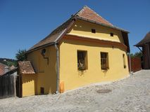 Vieille maison dans Sighisoara Roumanie Image stock
