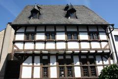 Vieille maison de bois de construction-trame Photo stock