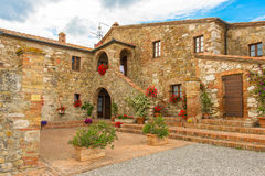 Vieille maison en pierre dans Toscany Photographie stock