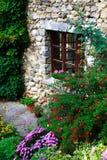 Vieille maison pierre-construite superbe Images libres de droits