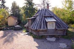 Vieille maison traditionnelle à Skansen, au premier musée en plein air et au zoo, situés sur l'île Djurgarden à Stockholm, la Suè photo libre de droits