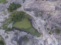Vieille mine de charbon dégradée de paysage dans les sud de la Pologne L détruit Photographie stock