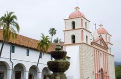 Vieille mission Santa Barbara, la Californie Photos stock