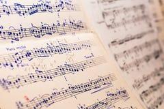 Vieille musique de feuille manuscrite Photos libres de droits