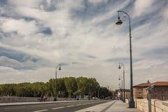 Vieille passerelle à Toulouse Photo stock