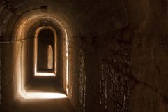 Vieille passerelle dans le théâtre romain photographie stock libre de droits