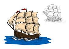 Vieille petite gorgée de voile dans l'océan Image libre de droits