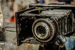 Vieille photo avec le vieil appareil-photo de photo Image stock