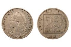 Vieille pièce de monnaie française d'isolement sur le blanc Photographie stock libre de droits
