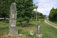 Vieille pierre commémorative sur le saint James Way en Espagne photos stock