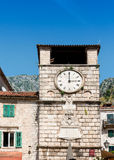 Vieille place Kotor de Trg OD Oruja de tour d'horloge Photo libre de droits