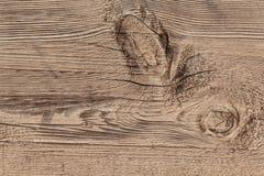Vieille planche texturisée rugueuse criquée superficielle par les agents avec le noeud Images libres de droits