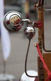 Vieille pompe à incendie de cru Photo libre de droits
