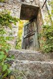 Vieille porte de maison de vintage, France du sud Images libres de droits