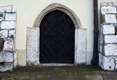 Vieille porte de synagouge Cracovie Images stock