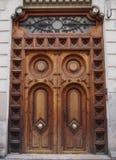 Vieille porte en bois à Valence Image libre de droits