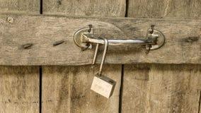 Vieille porte en bois image stock