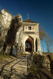 Vieille porte en pierre médiévale, château dans Ojcow Images stock