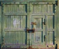 Vieille porte fermée Images libres de droits