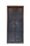 Vieille porte fermée dans le style chinois sur le fond blanc Photo libre de droits