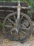 Vieille roue en bois Photos libres de droits