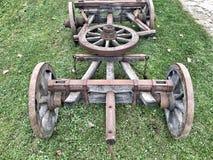 Vieille roue en bois Image stock