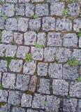 Vieille route de mur en pierre ou de pavé rond Image libre de droits