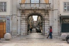 Vieille rue à Lisbonne du centre Image libre de droits