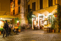 Vieille rue dans Trastevere à Rome Image libre de droits