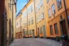 Vieille rue de ville à Stockholm, Suède Photo stock