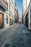 Vieille rue de ville dans le Las Palmas sur mamie Canaria Image stock