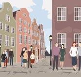 Vieille rue de ville de l'Europe avec des personnes Images libres de droits