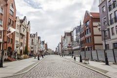 Vieille rue du marché dans Elblag, Pologne image stock
