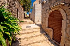Vieille rue en pierre de Cavtat image stock