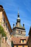 Vieille rue et cathédrale médiévale Photographie stock