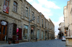 Vieille rue interne de ville de Bakou Photo libre de droits