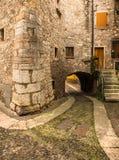 Vieille rue pavée en cailloutis en Italie Photos libres de droits